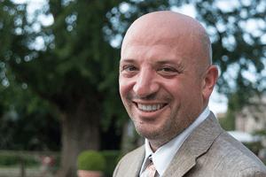 Dr. Davide Livio